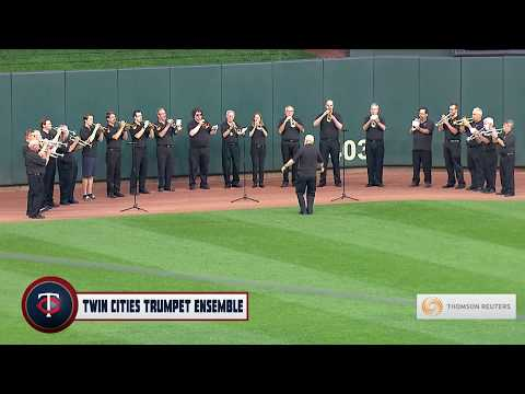 "The TCTE performs ""O, Canada!"" at Target Field, September 14, 2017"