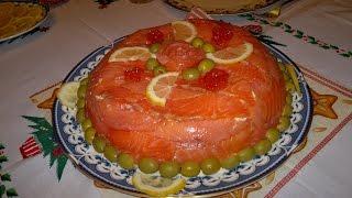 Праздничный салат с красной рыбой и креветками - рыбный торт