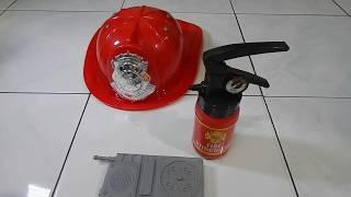 Pemadam Kebakaran Cilik  / Little firefighter