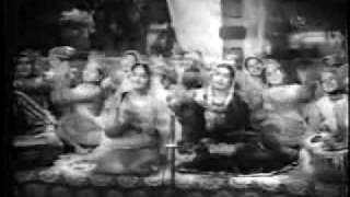 Na To Karvan Ki Talaash Hai-Barsaat Ki Raat - YouTube