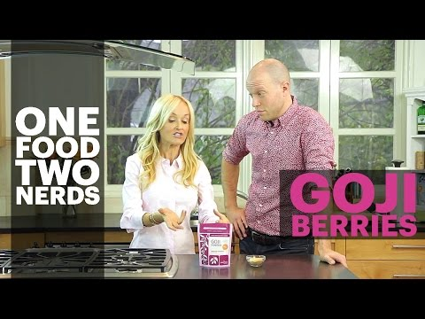Video Goji Berries: Health Benefits + Goji Berry Brownie Healthy Eating Recipe - One Food, Two Nerds