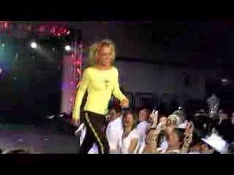 Dinah Shore - White Party Fashion Show