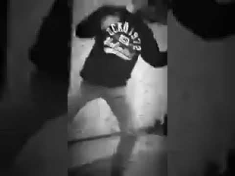 #Неодета-Леша Свик