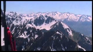 preview picture of video 'Parapente à Barèges Tourmalet - Panoramique du 16-05-2014 - Club Les Paillères Volantes.'