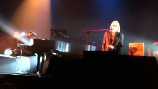 Christophe Live au Palace 31/01/2011 part 2/13 : Parle lui de moi