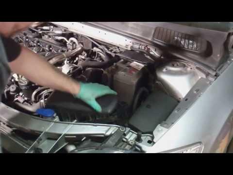 Der Motor das 2.0 Benzin pescho der Boxer