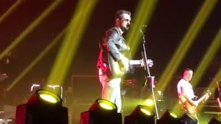 ERIC CHURCH IN VEGAS opened up with Knives Of New Orleans 4/30/16