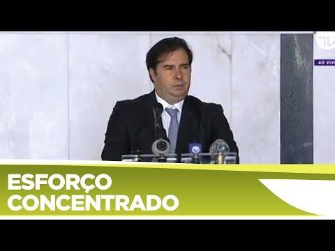 Coletiva com o presidente da Câmara Rodrigo Maia