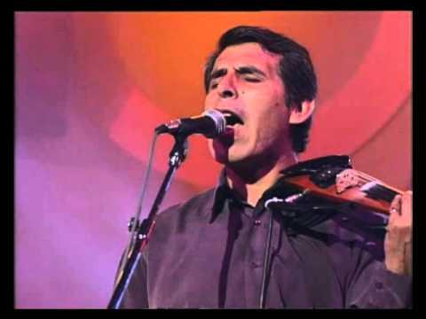 Peteco Carabajal video Para el que ande mas lejos - CM Vivo 2002