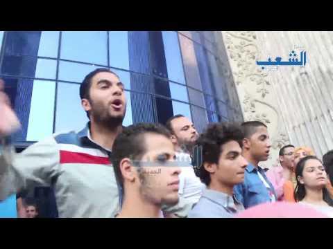 ضرب وشتيمة الصحفيين على أيدي مثاليات السيسي امام النقابة