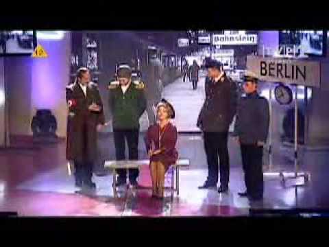Kabaret Moralnego Niepokoju - Benito Mussolini