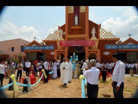 Đức Cha Phêrô giảng lễ: Đặt viên đá xây dựng nhà thờ Mộc Hóa,  ngày 30.4.2016