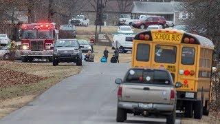 2 Dead, 17 Injured In Kentucky High School Shooting | Los Angeles Times