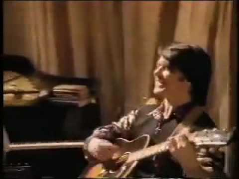 Lawrence Gowan Dancing On My Own Ground The Video Chords