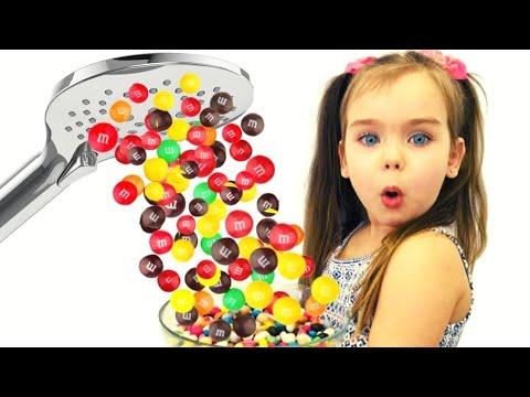 Папа хочет конфеты или София и Волшебный душ из m&m's