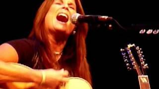 "Terri Clark ""Walkin' After Midnight"" Live @ Whitaker Center, Harrisburg, PA, 10/29/10"