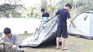 preview picture of video '001 Mardi Kluang Johor Malaysia Youth Camp Peace Fellowship Game Kluang Canoeing 和平团契露营划船森林探险'