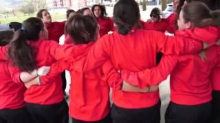 El canto de las chicas de hockey hielo español
