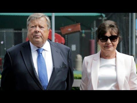 Melania Trump's parents become American citizens
