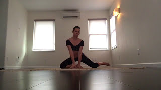 Evangeline Lilly Showing Her Yoga Workout