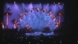 Christophe Maé - Entrée sur scène suivie de Mon Paradis