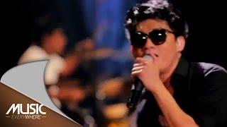 Seventeen-Medley Jalan Terbaik Menemukanmu (Live At Music Everywhere) *