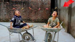 Trò Chơi Ngồi Xe Rùa Ăn Xúc Xích - Bé Nhím TV - Đồ Chơi Trẻ Em Thiếu Nhi