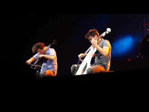 2CELLOS Where The Streets Have No Name Vienna (live)