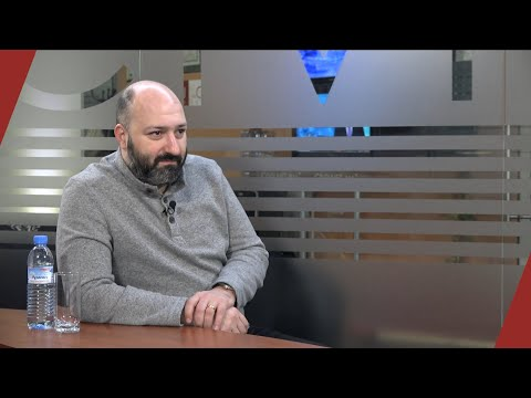 Between Pashinyan & The Old Regime: The Middle People Without Representation