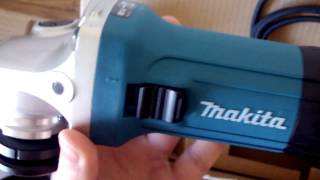 Makita GA5030R (2017 edition) Unboxing and Start  ⚙
