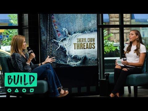 "Sheryl Crow Speaks About Her Last Album, ""Threads"""