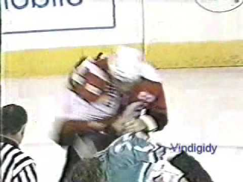 Eric Lindros vs. Todd Gill