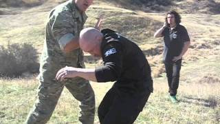 Richard Machowicz Demonstrates a Knife Disarm