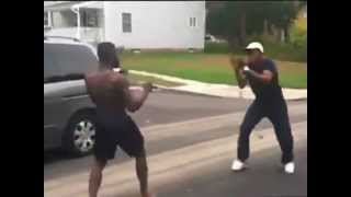 GHETTO KUNG FU (instigator gets knocked out)