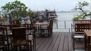 preview picture of video 'Fresh Seafood Restaurant Bang Lamung (near Pattaya) Chon Buri Thailand'
