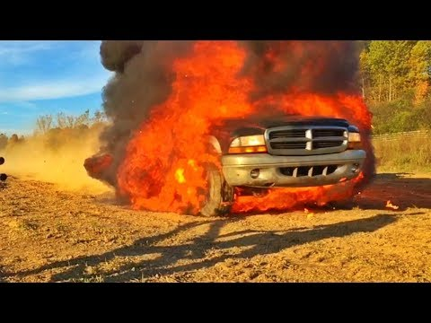 BEST OF DESTROYING CARS!!! | Mark Freeman #408