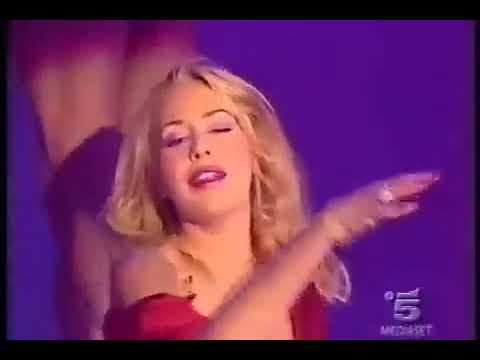 Vedere come la bella lezbiyanki sesso