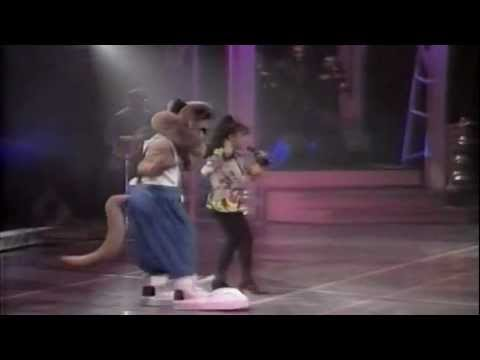 Paula Abdul - Opposites Attract (Live In Japan) (Widescreen) (HQ) Mp3