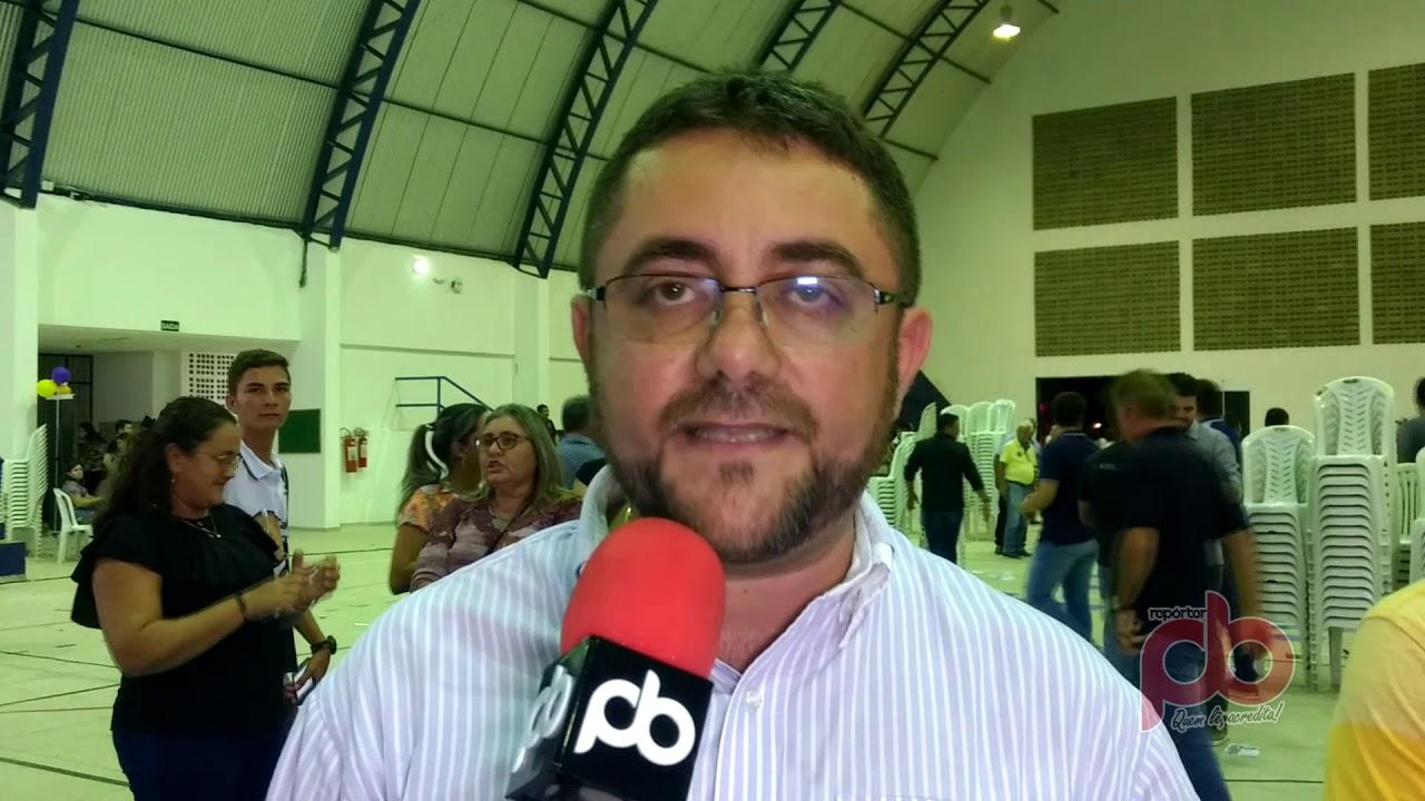 Durante audiência Pública, prefeito de Santa Cruz pede obra ao Governador
