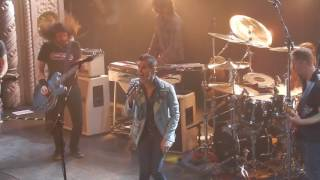 Foo Fighters - Mountain Song (With Perry Farrell) [Live at the Metro]