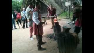 preview picture of video 'puy du fou réduction de minerai.MOV'