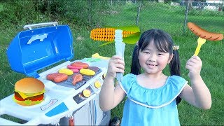 Kids Pretend Play Outdoor Cooking with BBQ Grill Play Set!
