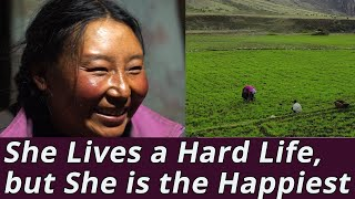 She Lives a Hard Life, but She is the Happiest Woman in the World: Himalayan Woman(Full Documentary)