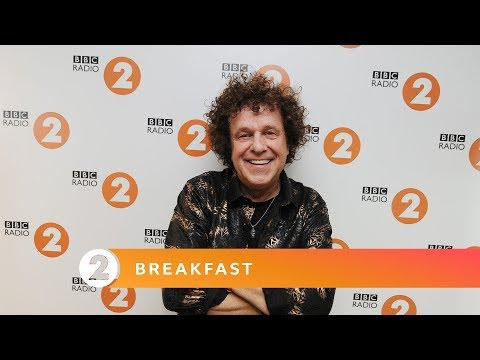 Leo Sayer - You Get What You Give (New Radicals Cover)