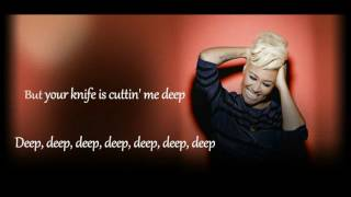 Emeli Sande   Hurts(Lyrics)