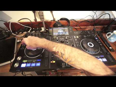 DJ LESSON ON HOW TO MIX POP RADIO CHART TRACKS Mp3