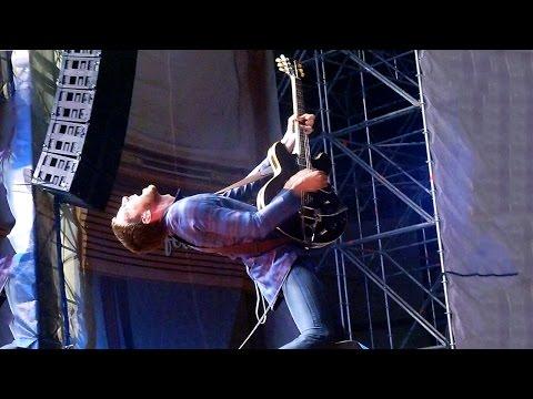 Miles Kane - Telepathy [Live at de Lokerse Feesten, Lokeren - 04-08-2014]