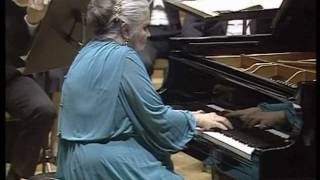 Nikolayeva-Tchaikovsky-Piano Concerto No.1-part 3 of 4 (HD)