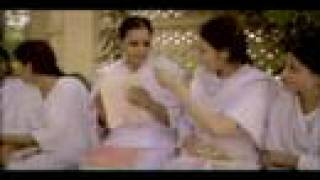 Beqarar - Aaishah Akram