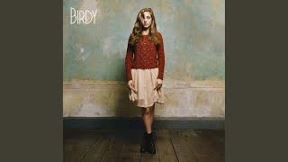 """Video thumbnail of """"Birdy - Fire and Rain"""""""
